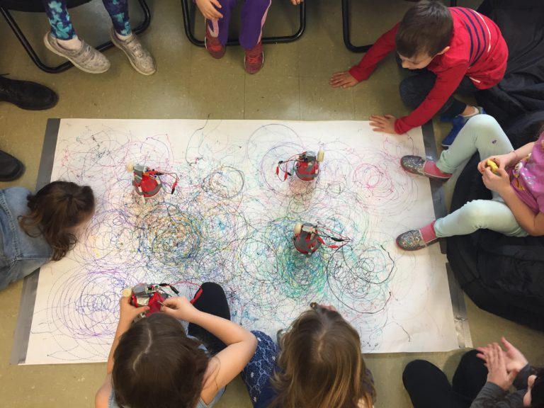 Young Makers: STEAM Challenges in Grade One